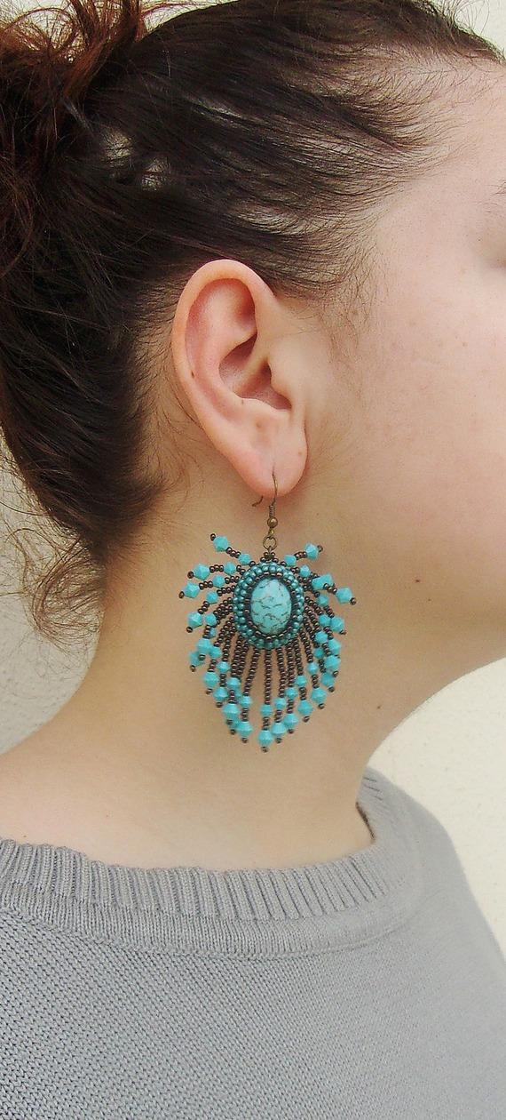 Boucles d'oreille Brodées, Boucles d'oreille pendantes, Boucles d'oreille cristal swarovski, Boucles d'oreille Bleu et Marron,