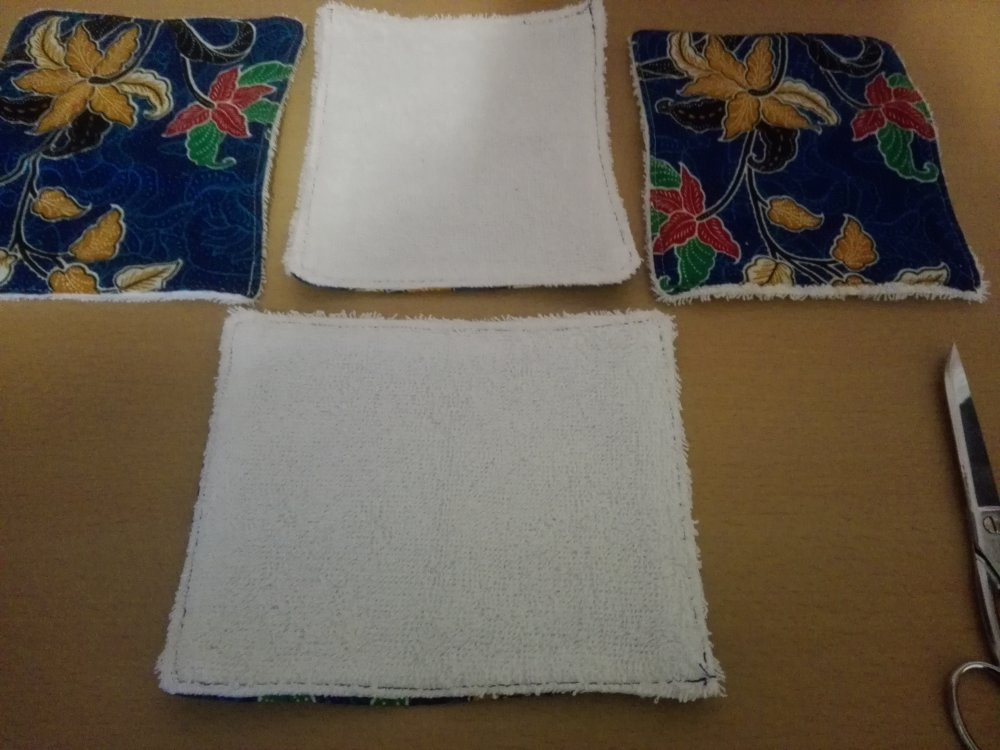 lot de 4 grandes lingettes ou débarbouillettes pur coton lavables