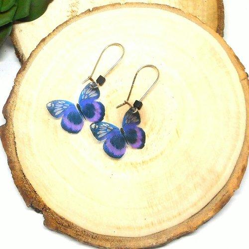 Boucles d'oreilles dormeuses argentées papillon violet par breloques et cie