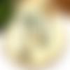 A parfumer!!! collier sautoir a parfumer perles naturelles vertes par breloques et cie