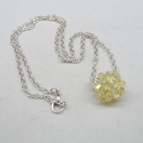 N°79 collier pendentif boule en cristal de swarovski jaune n°9