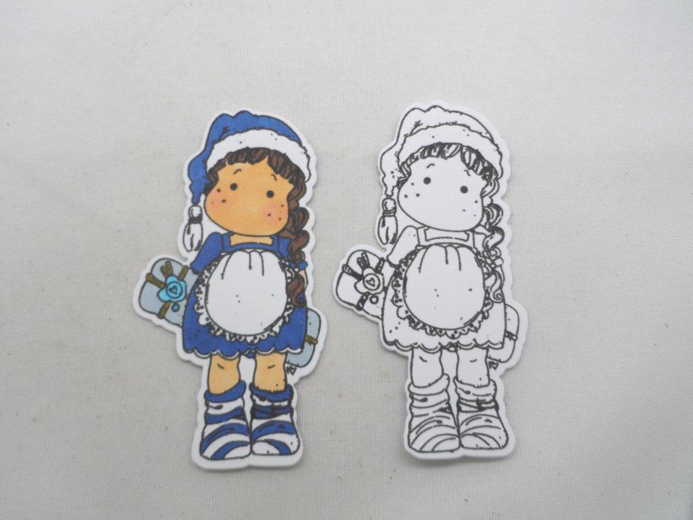 n° 2056 découpe d'une  petite fille  bonnet cadeau  n°30 coloré bleu et blanc  avec un tampon encre noir  sur  papier blanc