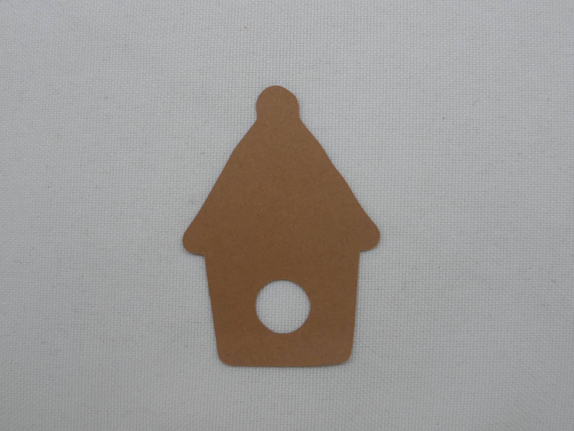 n°302 petit nichoir  en papier marron   découpage fin