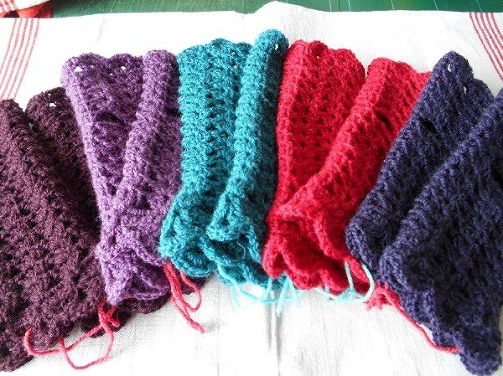 Mitaines au crochet en laine mélangée fuchsia