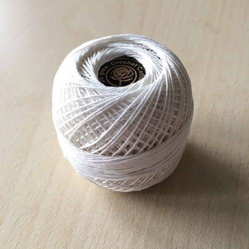Fil de coton taille 20 couleur  blanc cassé