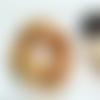 Chouchou ocre à pois dorés en double gaze de coton