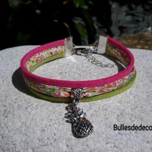 Bracelet fleurs liberty,suédine rose et verte, ananas