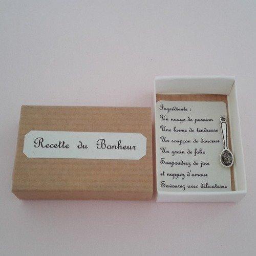 """Boite """"magique"""": la recette du bonheur"""