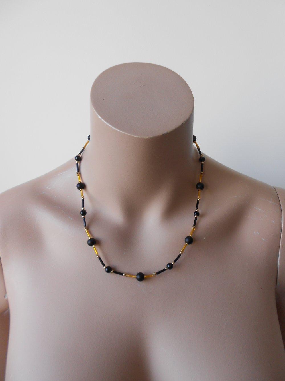 COLLIER pierres onyx, perles métal doré, perles de rocaille tubes, collier femme création, France, Paris, cadeau femme