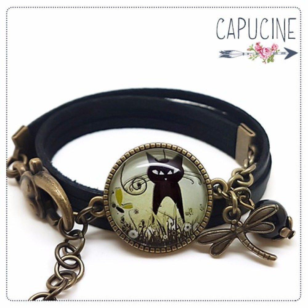 breloques bronze multi-rangs Bracelet noir avec cabochon verre chat noir sur fond turquoise et blanc Le Repos du Chat