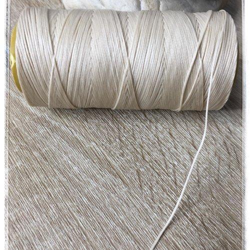 Fil polyester ciré  0,75 mm  beige sand