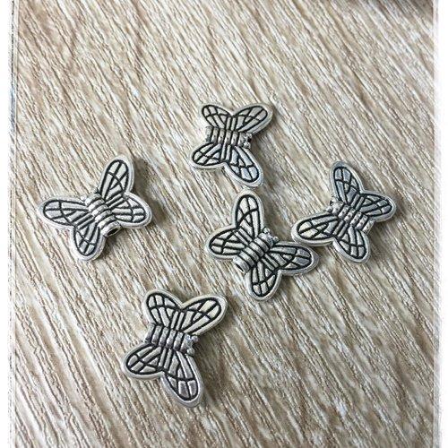 5 perles papillons