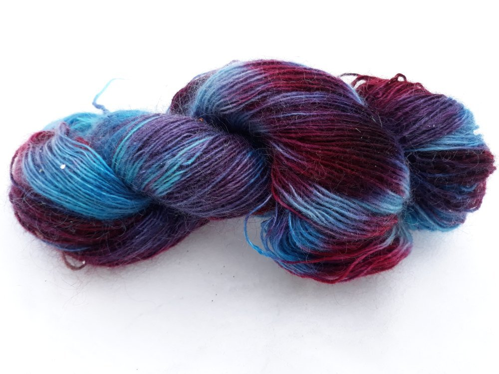 VENDU Echeveau pure laine Filé à la main