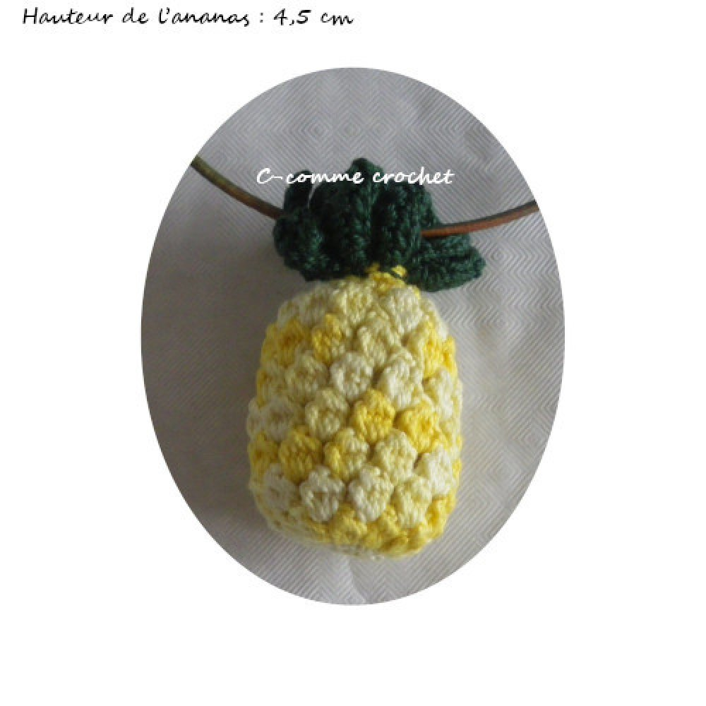 Collier fantaisie, Bijou femme, original en forme d'Ananas jaune au crochet