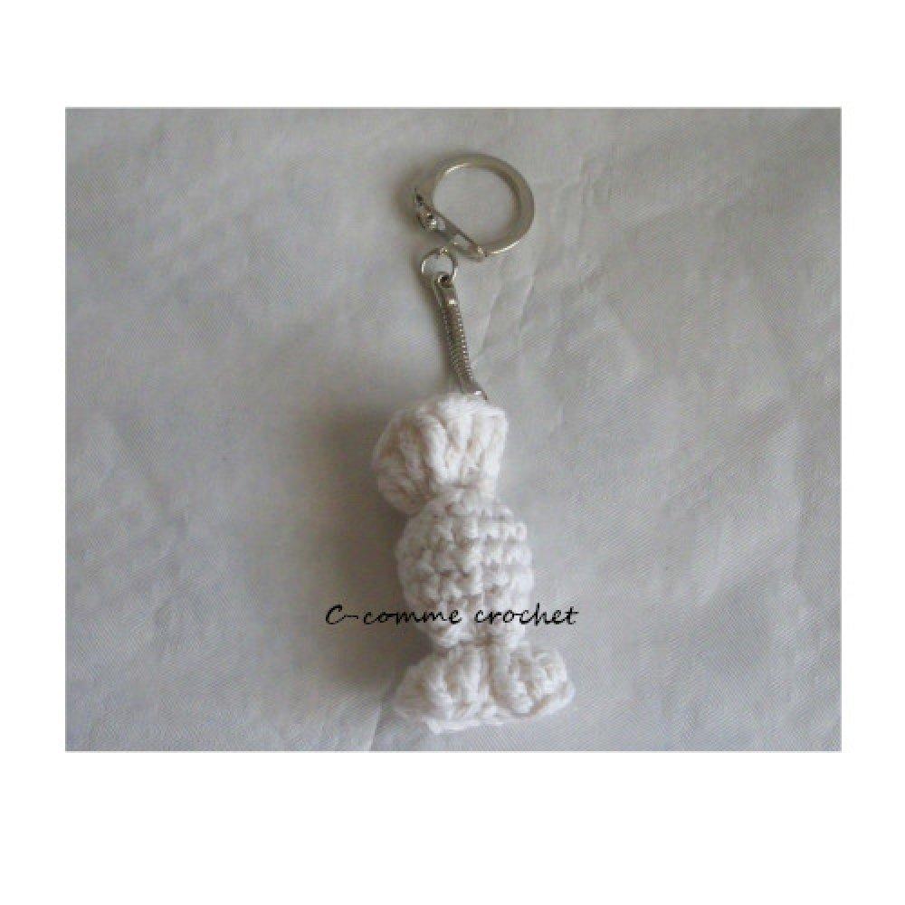 Porte clé, Bijou de sac bonbon blanc pour les gourmands au crochet.