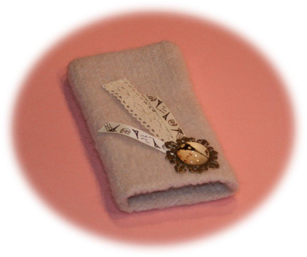 Etui pour Smartphone vintage Paris en laine feutrée beige parme