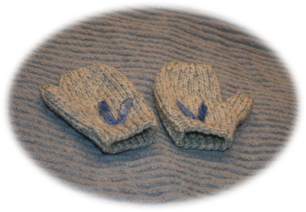 Moufles enfants 1 an chinées bleu ciel et nœud satin bleu