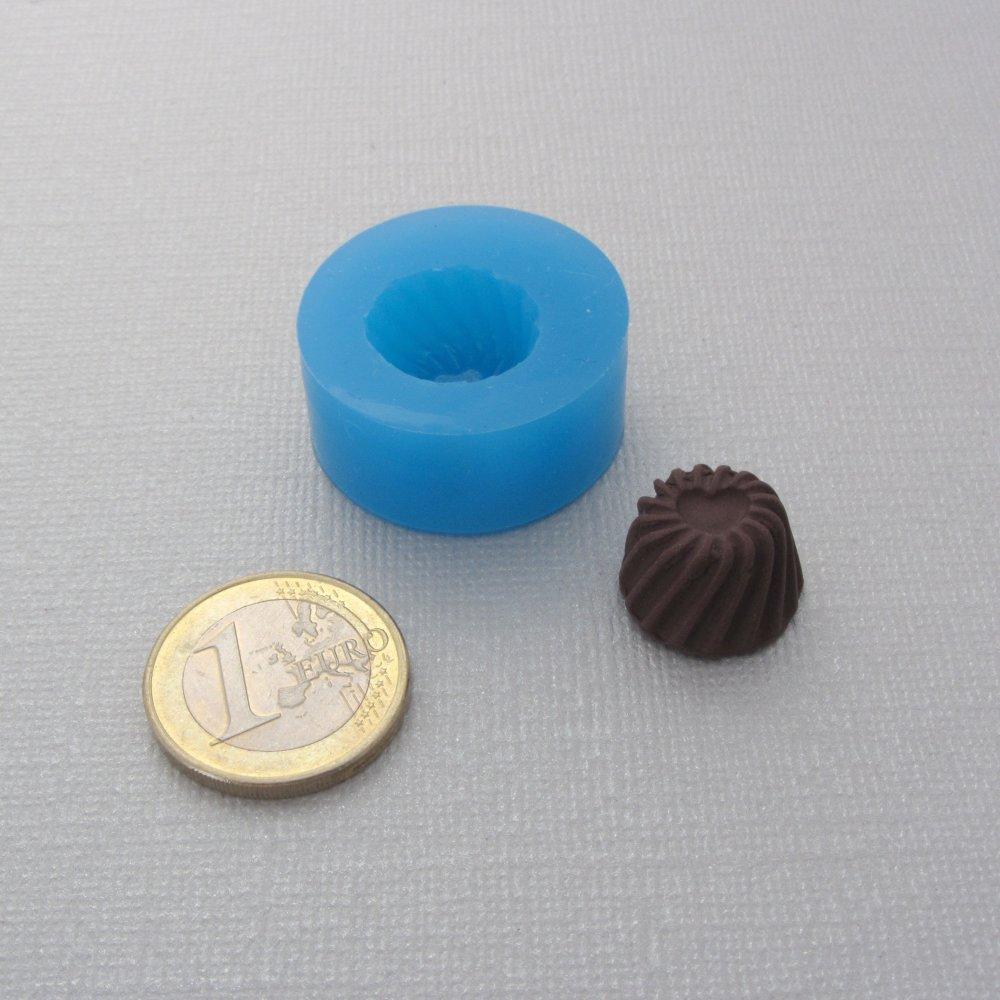 Moule gourmand miniature en silicone - Flan, brioche, chantilly, gaufre, coeur, etc - Pâte fimo, résine, porcelaine froid