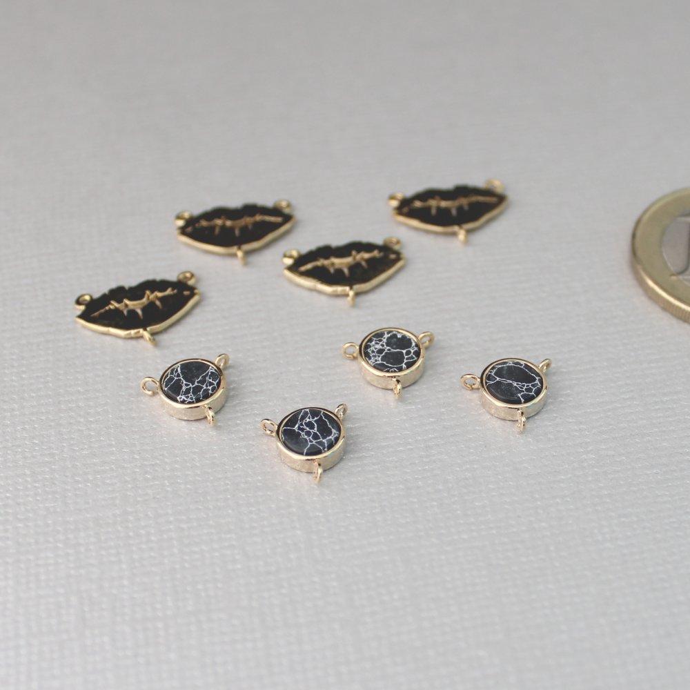 8 magnifiques connecteurs multiples Lèvres et disque en howlite (imitation marbre noir) dorés à l'or fin