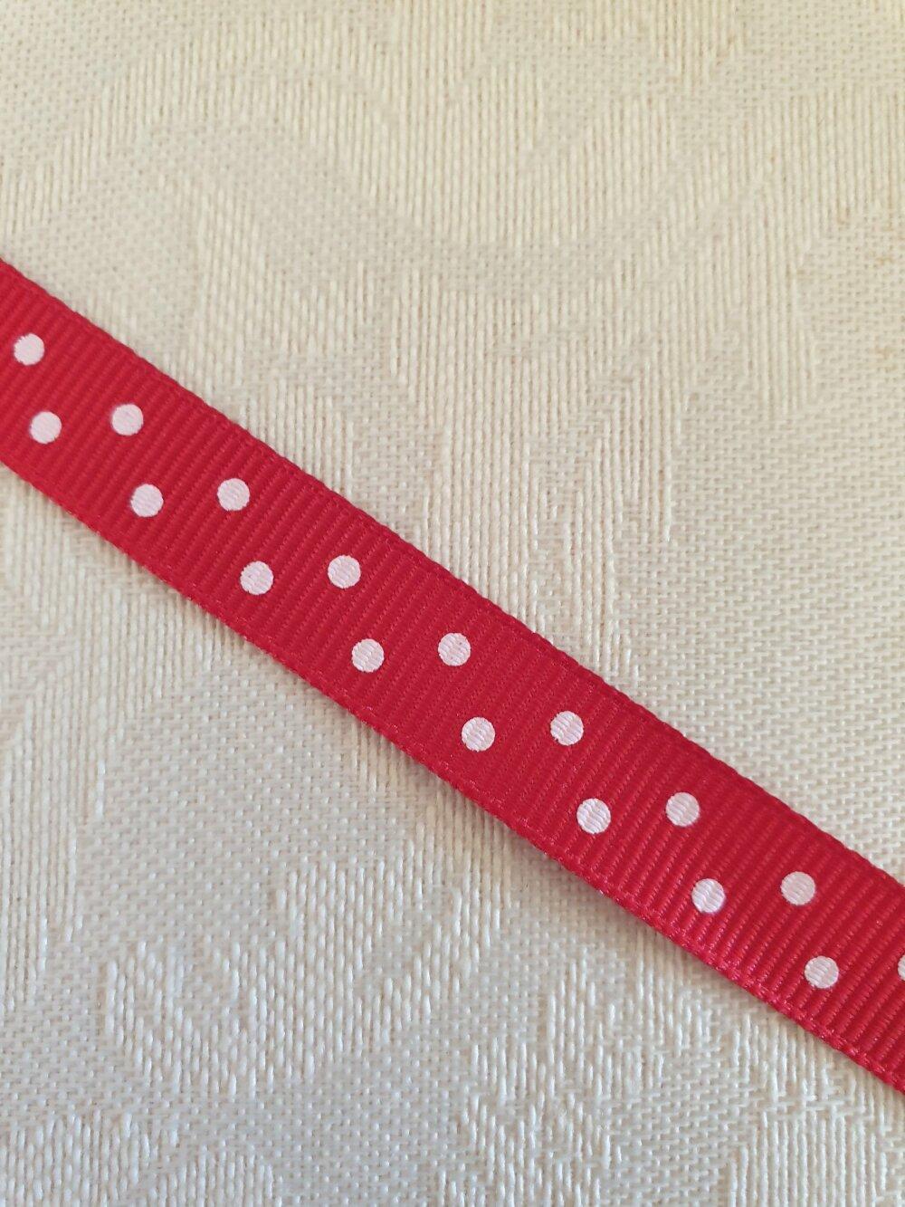 Ruban matière polyester, rouge et pois blancs