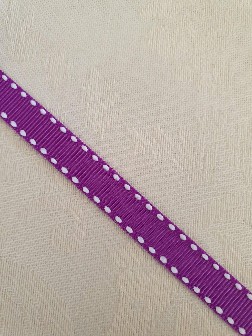 Ruban matière Nylon (84%) et Polyester, couleur violine