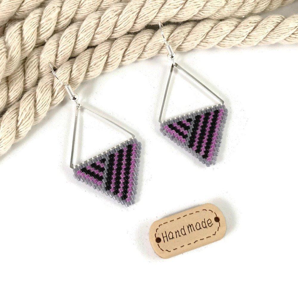 Boucles d'Oreilles Motifs Géométriques Roses et Noires Triangles Rayures Verre Perles Miyuki Légères Cadeau Fête des Mères Tissage