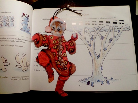 Marque page en forme de chat : le chat père Noël