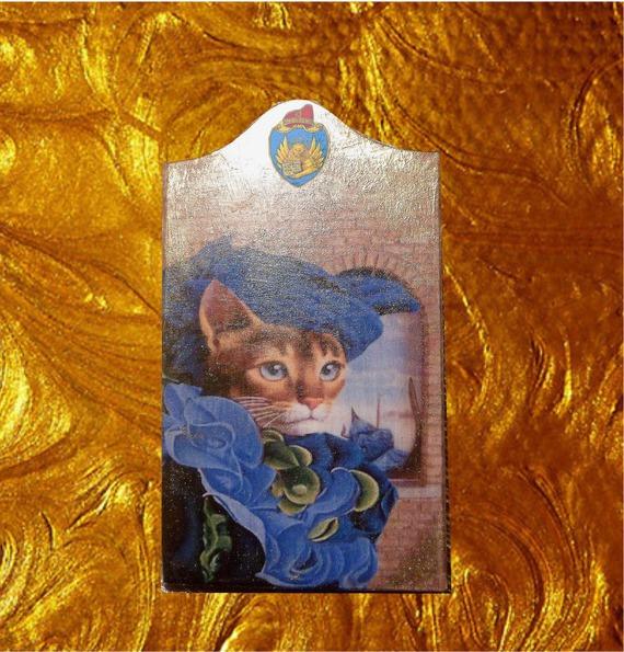 petit  tableau avec chat costumé : ma belle vénitienne en bleu