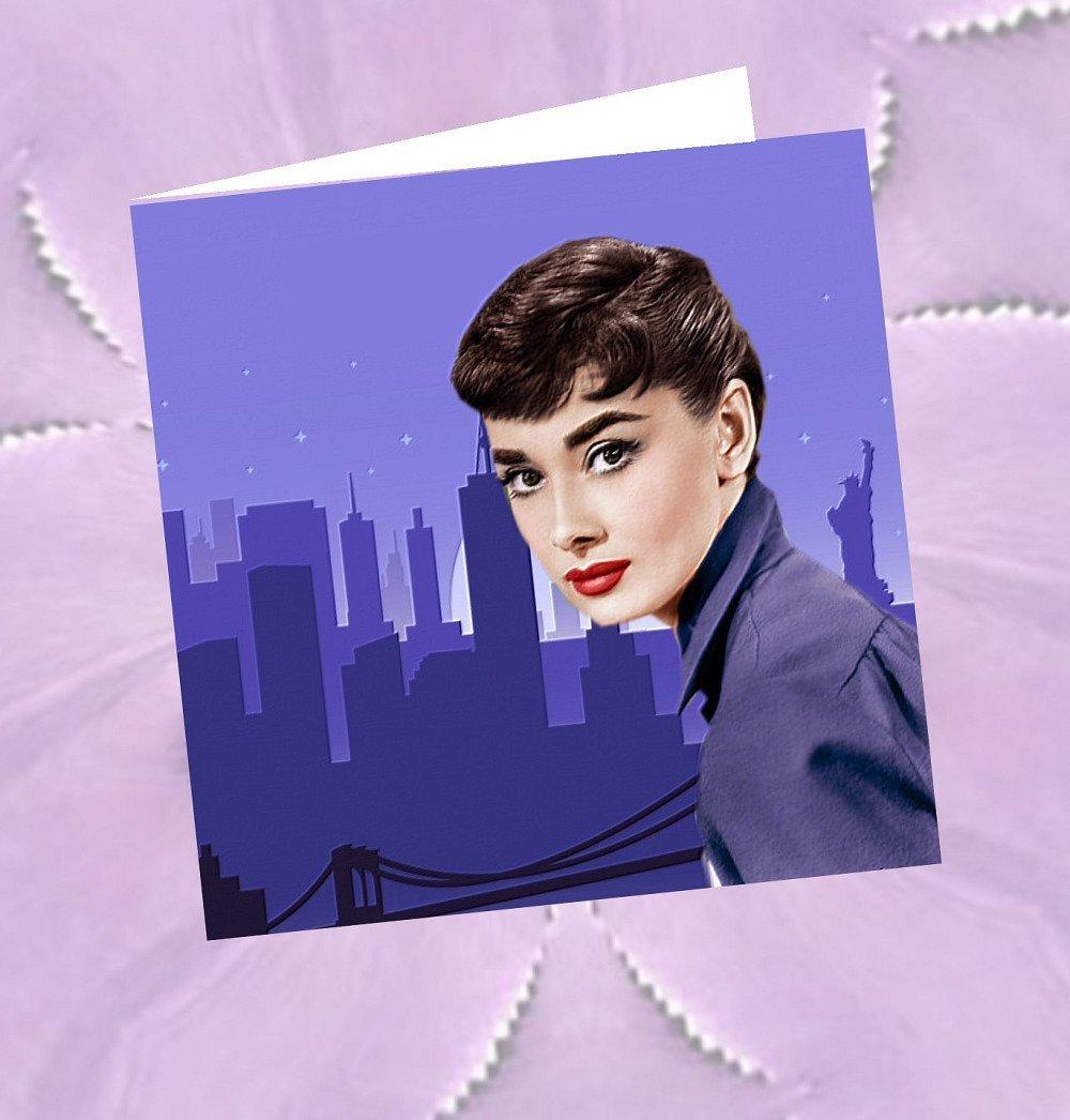 Carte carrée, double  avec son enveloppe : Audrey Hepburn