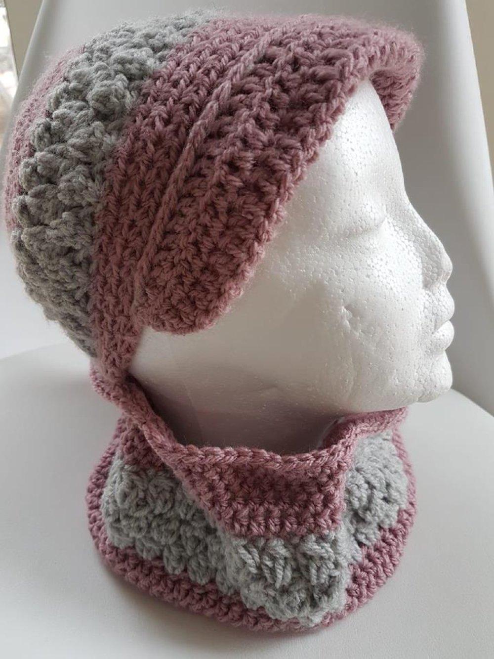 """casquette et snood laine enfant  rose et gris """"Little Miss"""""""