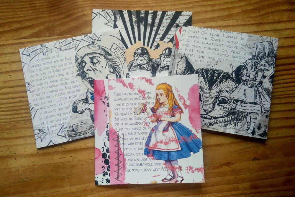 Lot de 4 Alice au Pays des Merveilles cartes de voeux toute occasion anniversaire Alice in Wonderland