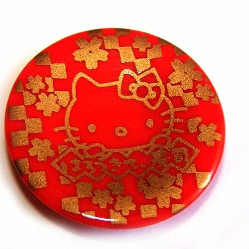 1 petite assiette rouge kawaii pour les création de bijoux / de création déco