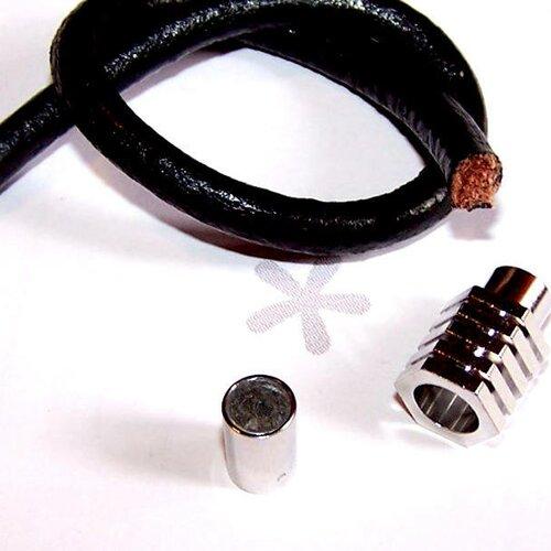 Kit bracelet en cuir noir 6 mm avec fermoir aimanté hexagonal en métal argenté