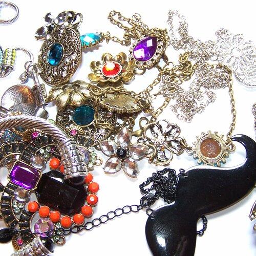 Lot liquidation 13 bijoux fantaisies 1 lot disponible