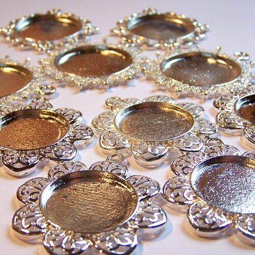Liquidation lot 30 supports de cabochons plaqué argent pour la création de bijoux