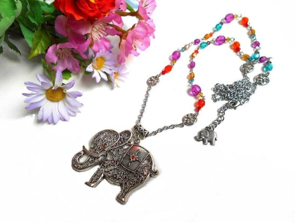 Collier sautoir pendentif grand éléphant avec des perles de bohème et en cristal Swarovski multicolore