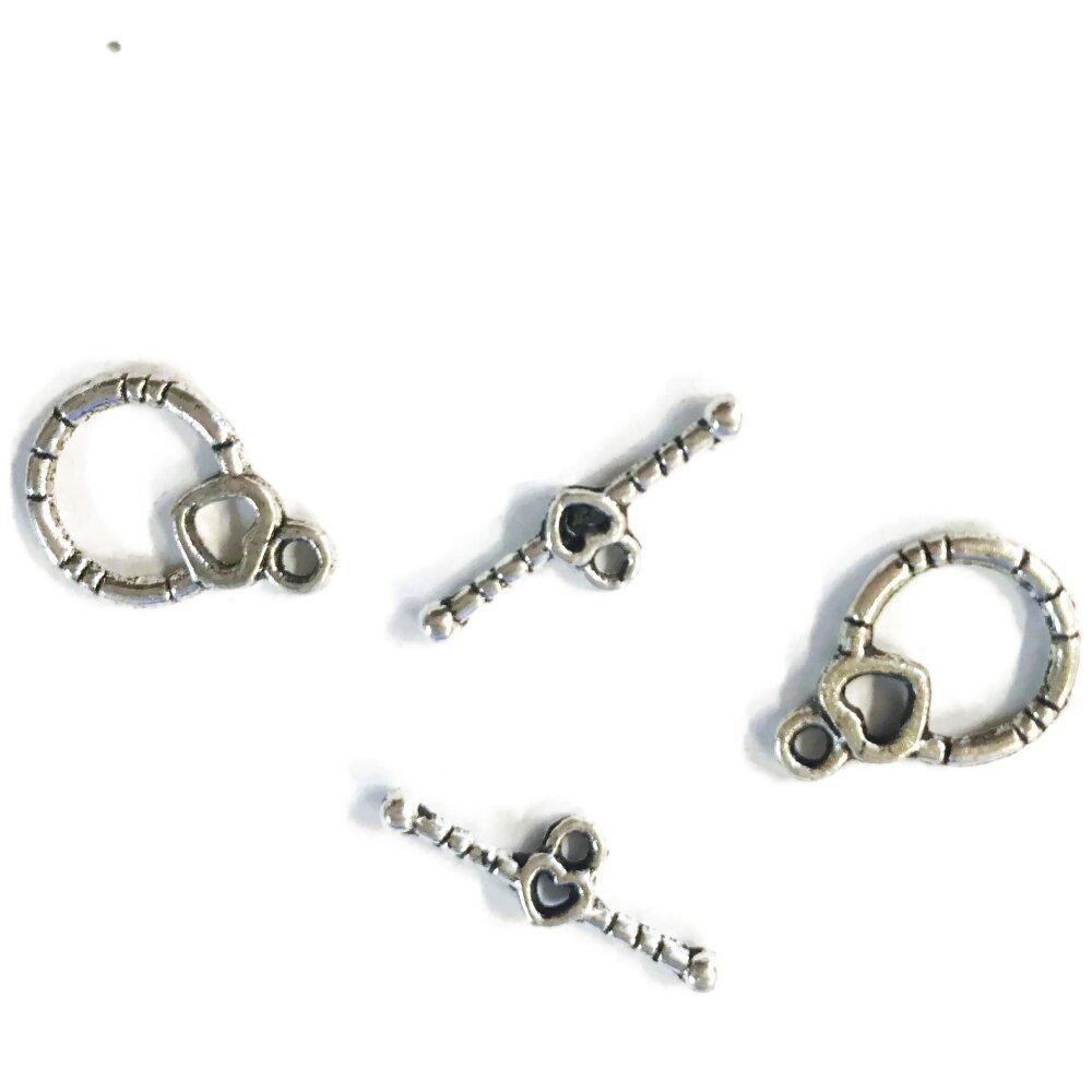3 Fermoirs toggles coeur métal argenté
