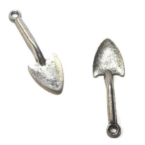 Breloque pelle  métal argenté