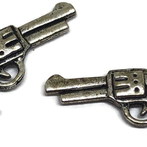 1 breloque pistolet métal argenté