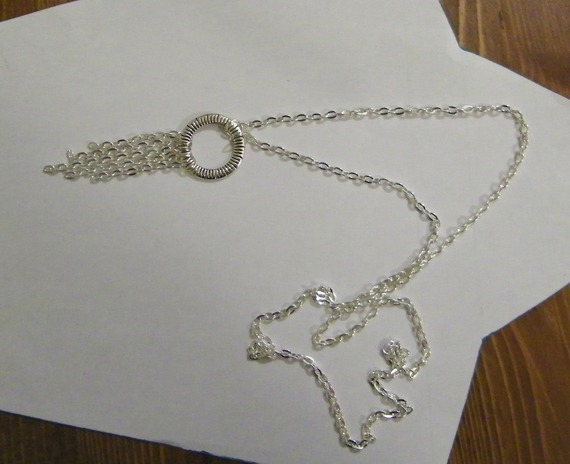 collier sautoir argenté en chaine maillon