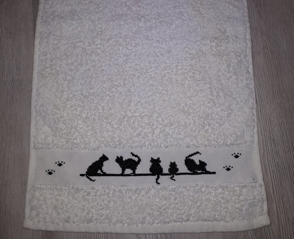 serviette de toilette broderie point de croix