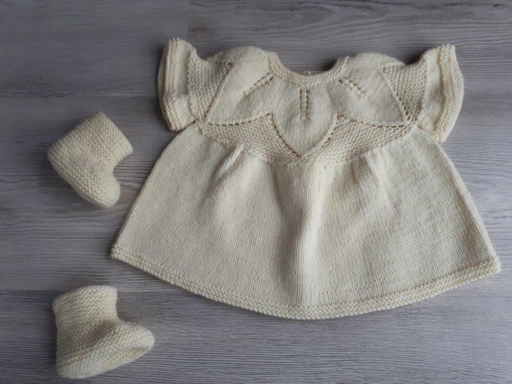 ENSEMBLE BRASSIERE CHAUSSONS bébé 0-3 mois tricot laine fait main layette