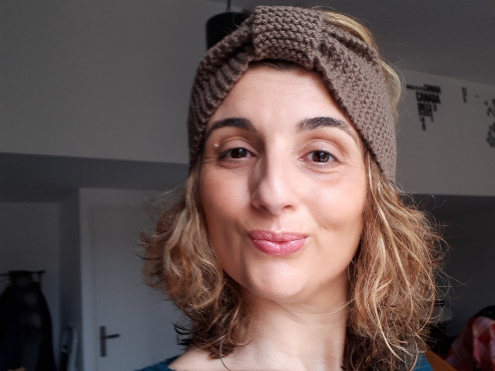 Bandeau Turban/Headband Eva - 100% acrylique de couleur Marron