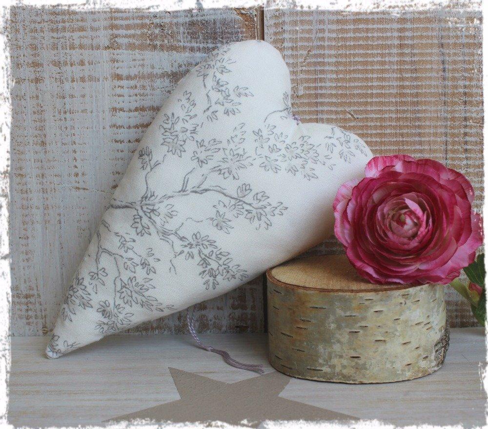Fête des Mères / Cœur décoratif en coton – Esprit « Charme à la française »