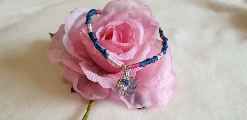 Bracelet porte-bonheur bleu, rose clair et foncé