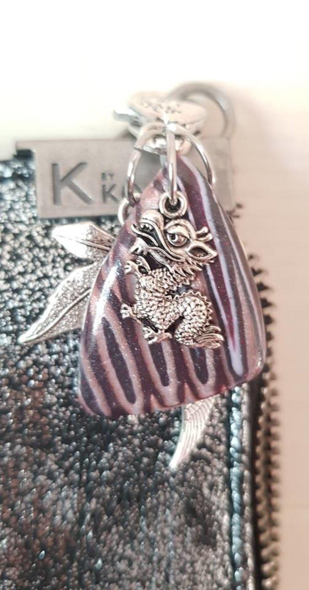 porte clé bijoux de sac violet
