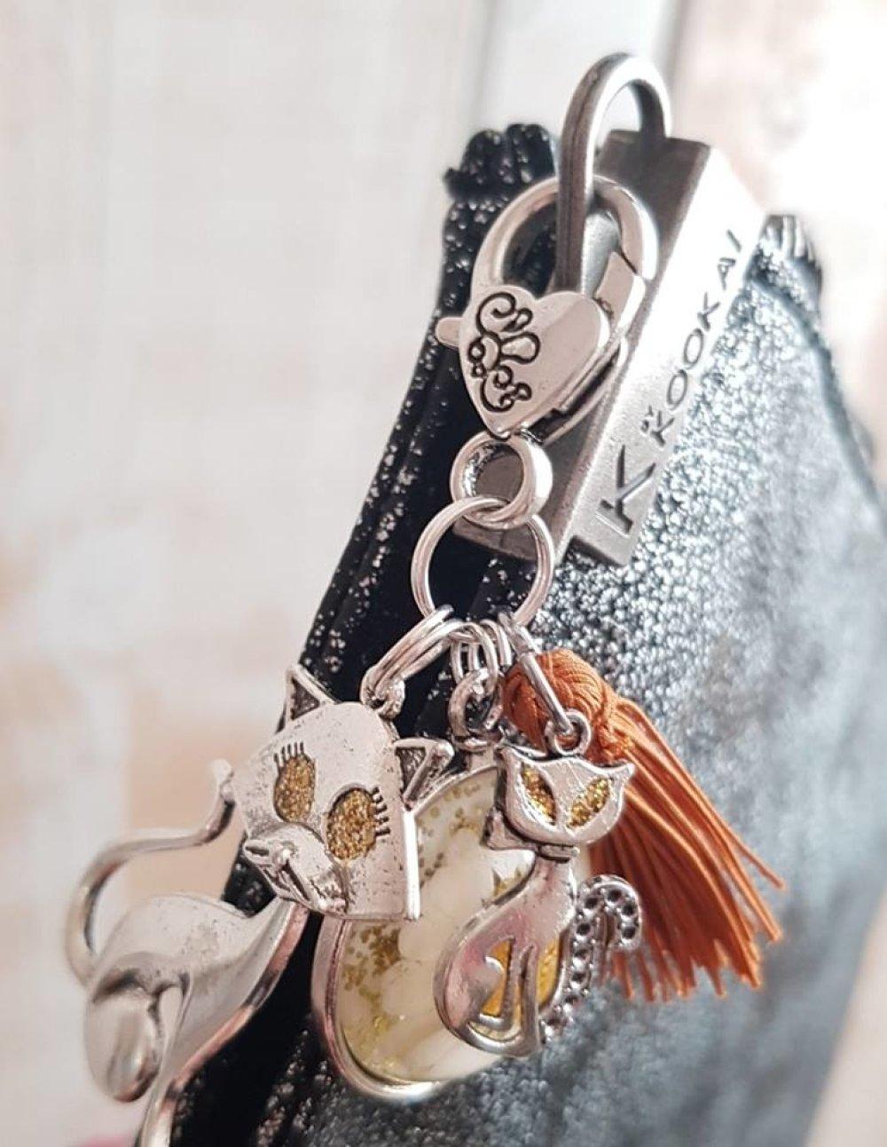 porte clé bijoux de sac moutarde