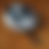 Collier mixte mala tibétain en bois, agate dzi, pierre de gemmes et pompon