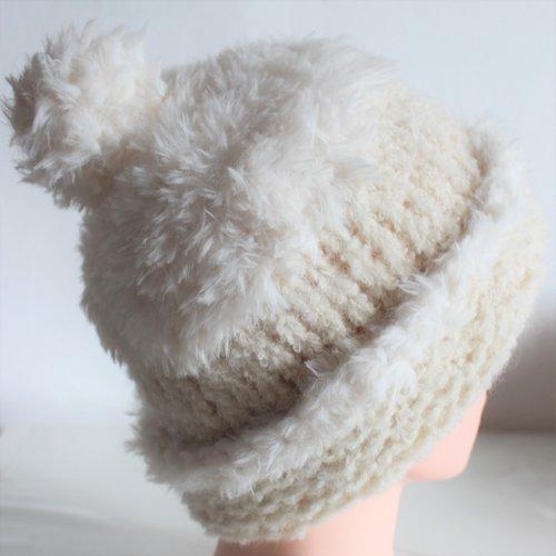 Bonnet tricoté main, accessoire mixte homme femme, chapeau laine pompon, accessoire de tête hiver, bonnet chaud épais blanc naturel
