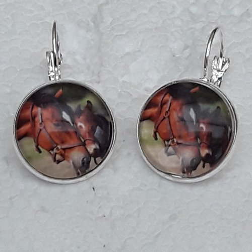 Boucles d oreilles , chevaux ,2cm